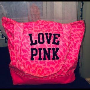 VS PINK Duffle Bag Tote Cheetah large
